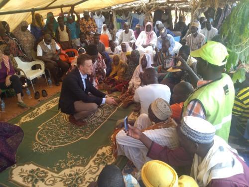 Echange avec les populations de Margou