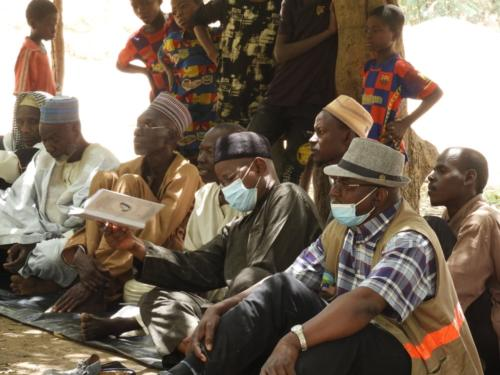 Echange avec les producteurs du site maraîcher de Léleygorou (Dosso).