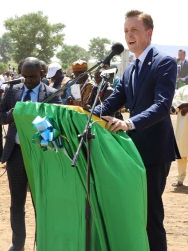 Sean Cairncross, CEO de MCC, félicite MCA-Niger pour les avancés dans les projets