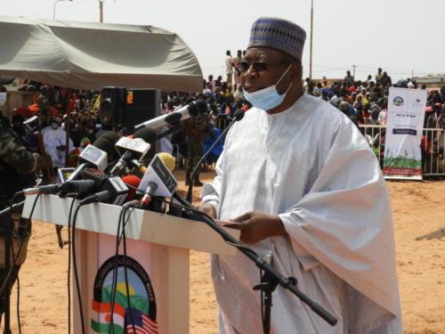 Le Président du Conseil d'Administration de MCA-Niger, Ouhoumoudou Mahamadou, lors de son discours.